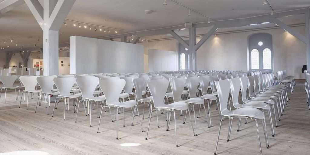 Event Layout Room With Chairs and Tables - Planning Pod